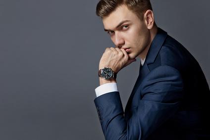 ビジネスマン 時計