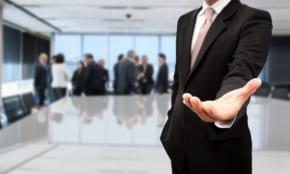 「20代の中途採用」企業から求められる能力は、やる気or専門スキル?