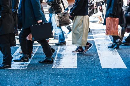 横断歩道 ビジネスマン