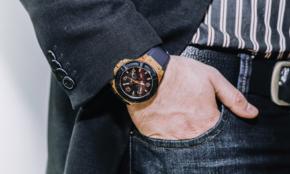 もう時代遅れ? 今さら「腕時計」をつける派、つけない派の理由