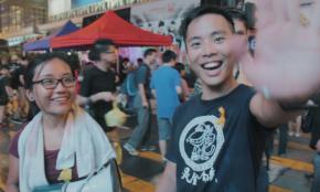 選挙に行かない日本の若者へ。香港の反政府デモを追った31歳・映画監督が語る