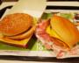 ダイエット中のビッグマックVSダブルチーズバーガー、どっちがマシ?
