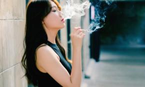 なぜタバコを吸うの?男性は「生活スタイルのため」女性は…