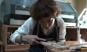 わずか2年で「若き匠」に…女性メガネ職人の手仕事へのこだわり