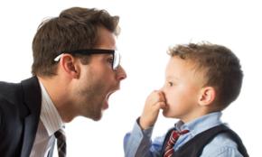 周りも言えない口臭をどう防ぐ?20代男子の口臭・歯の黄ばみ対策