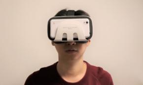 2000円ちょいの「VRゴーグル」を試してみた。コスパ最強の国産品