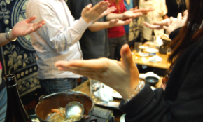 職場カラオケで米津玄師は地雷かも…忘年会、好みの歌や料理に世代ギャップ