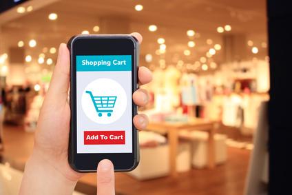 ファッションとスマートフォンとインターネットショッピング