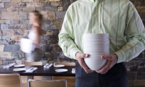 「中国人は入店拒否」新型コロナで、飲食店の対応は違法になる?