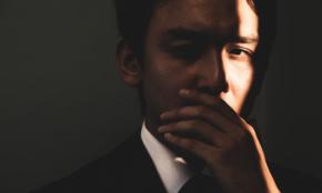 上司や同僚の視線が怖い人が、自信を持つための思考法