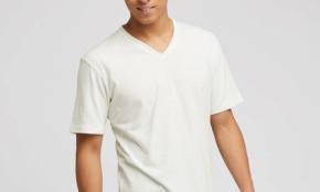 ユニクロで、20代が買ってはいけない夏アイテム3つ。実は半袖シャツは難しい