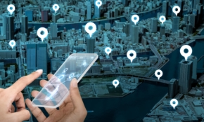 SNS投稿から住所が筒抜けに?iPhoneの位置情報サービスの落とし穴