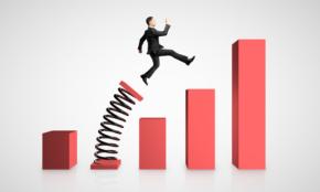 同期で実力差がつくのはなぜ?ビジネスで「伸びる人/伸びない人」を分けるもの