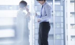 職場に「付き合いたい人」がいる女性の割合が判明。人気は先輩か同期か?