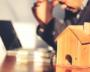 """20代の独身サラリーマンは家を買うべき?住宅選びの鉄則は""""4つ""""だけ"""