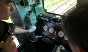 実際の電車を運転してみた。相模鉄道、外国人向け体験イベント