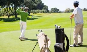 「ゴルフするの?」と聞いてくる上司のホンネは?上司語の表と裏