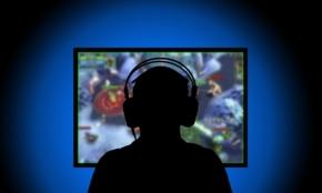 ゲーム対戦=eスポーツが興行として成立する理由。大手企業も注目