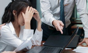 職場のパワハラの定義とは? 上司・部下ができる予防策