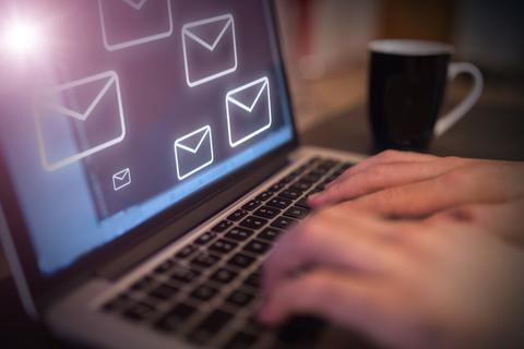 メール パソコン