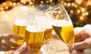 英語で「とりあえずビール」は何と言う?