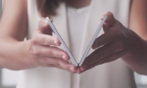 新型「Surface Duo」は貴族のスマホか…お値段と使い心地は?