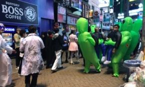 渋谷ハロウィン、飲酒規制で「タピオカが人気」2日間の現場ルポ