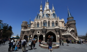 東京ディズニーランド、夢の国が「パワハラ訴訟」を抱える複雑な内情