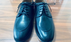 GUの2900円・合成皮革靴、仕事ではいて大丈夫かプロが検証