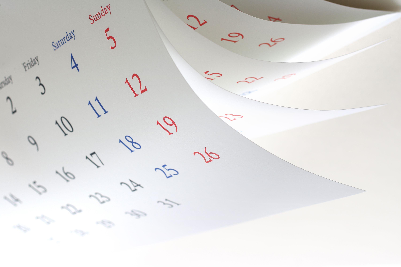 白紙のカレンダー
