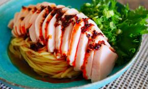 自宅で作るとウマすぎる「冷やし鶏ネギそば」。料理経験ゼロでもOK
