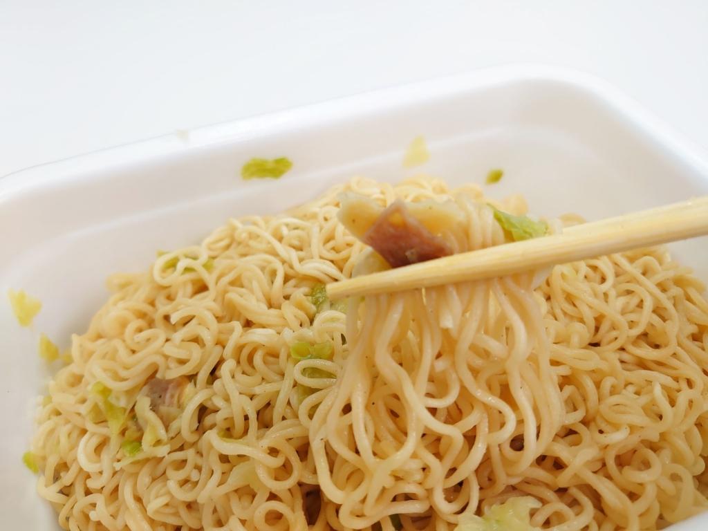 汁なしカップ麺