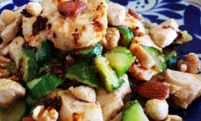 ガツンとうまい「野菜炒め」の作り方。ごまドレと炒めるだけ!
