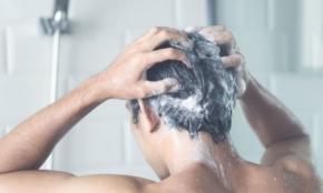 髪がまとまらない…!男性におすすめトリートメント4選