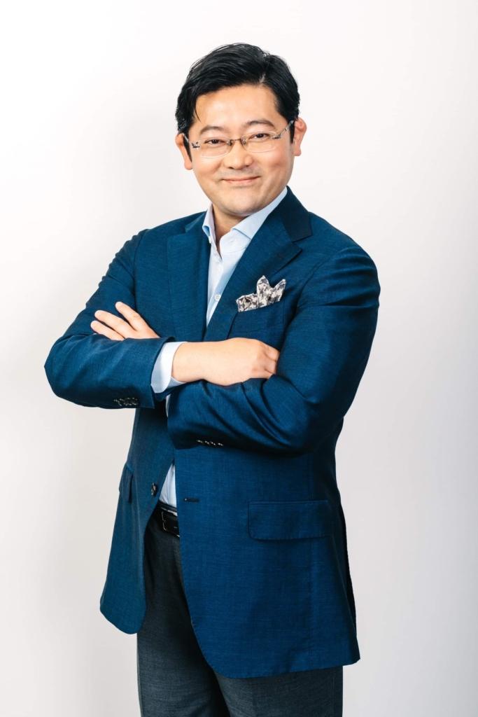 八津川博史氏