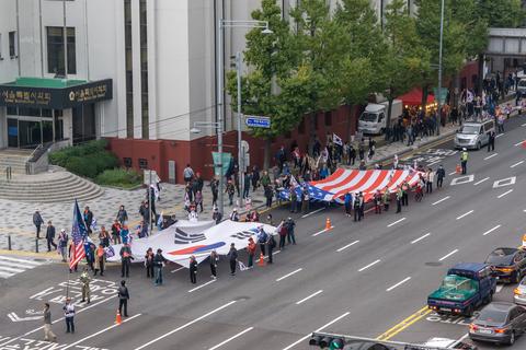 韓国抗議デモ