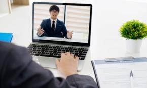 オンライン会議で「異性に好印象を与える」5つの方法