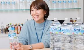 サントリー天然水「1本買えばもう1本」キャンペーンはなぜ誕生したのか