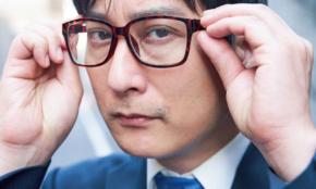 視力1.0の「繊細さん=HSP」があえて近眼用メガネをかける理由