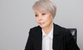 """「志村けんさんは感性が似ていた」研ナオコ、""""アマビエ姿""""からの1年間"""