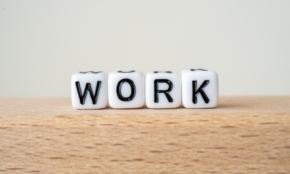 英語「Work」を使って「汗をかく」を表現するには
