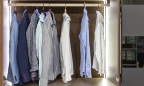 コロナで眠ってる「スーツの寿命」を延ばすコツ。黄ばみ、カビが発生する前に