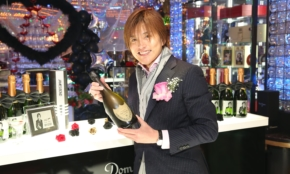 「ホスト界のイチロー」が明かすシャンパンタワー誕生秘話。300万円の売上が必要で