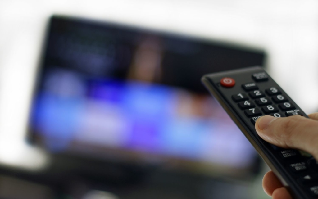 テレビ 動画