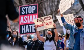 """米国でアジア系ヘイト急増。""""永遠の外国人""""扱いは、なぜ変わらないのか"""