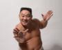 相撲芸人あかつが語る「ナイナイ岡村への憧れ」と「議員秘書時代の教訓」