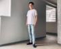 ファミマのTシャツは「1000円とは思えないクオリティ」。鉄板コーデをプロが紹介