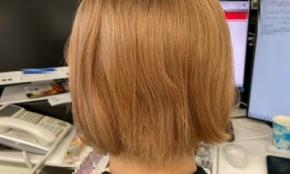 職場での派手な髪色はマナー違反?実際に染めている人に話を聞いてみた