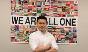 須藤元気に聞く、日本を豊かにする方法「政治家になるために格闘家になった」