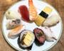 「500円前後のにぎり寿司」をスーパー5社で徹底比較。サミット、西友etc.